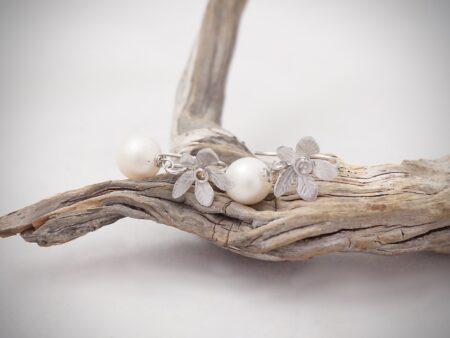 pendientes-flores-perlas